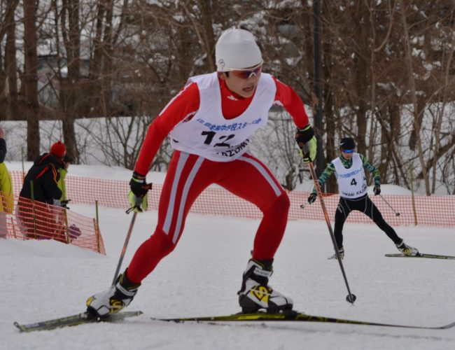全中スキー大会のコンバインド競技で尾中の宮崎選手、優勝したす。