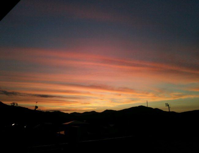 まんつ綺麗な夕焼けだったす。